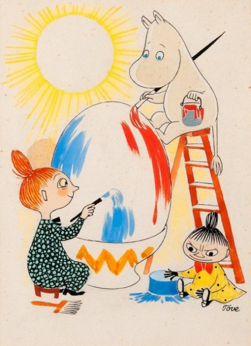 Moomin and the Mymble paint an Easter egg